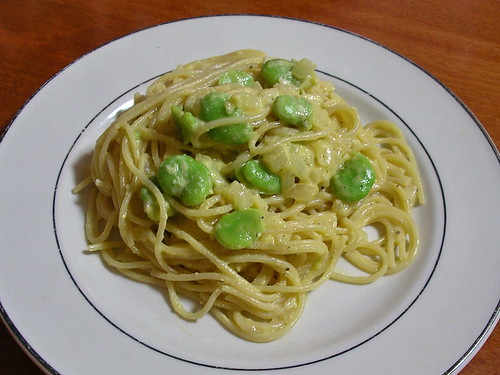 Spaghetti alla carbonara con fava | by Blue Lotus