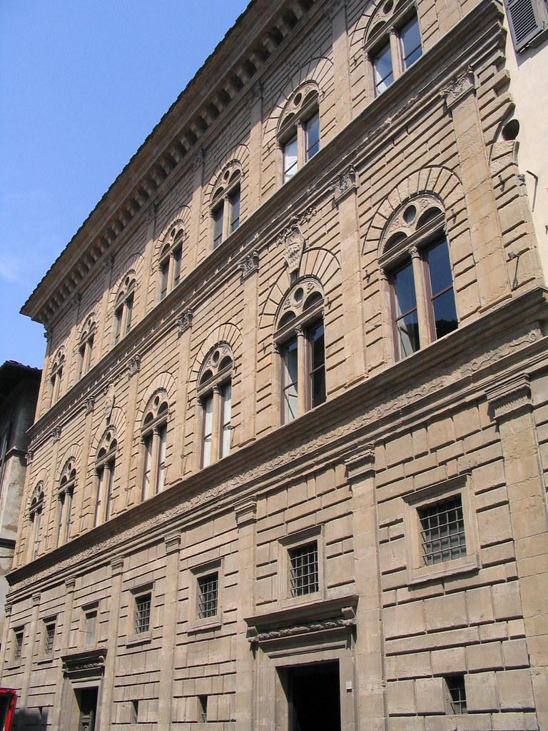 Palazzo rucellai palazzo rucellai 1446 1451 by leon batt flickr - I giardini di palazzo rucellai ...