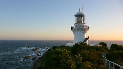 seal rocks lighthouse | by hopemeng