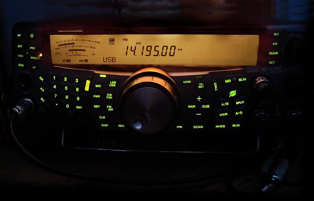Kenwood TS-20HF MHz Amateur Base