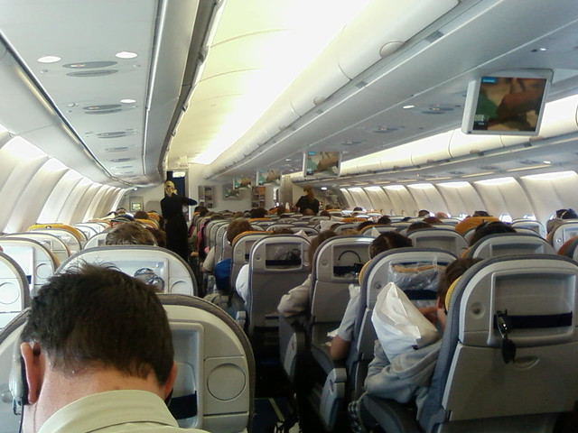 interieur du airbus a330 300 by leschutzy