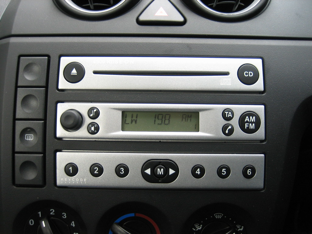 car radio the car radio in the ford er focus fiesta th flickr. Black Bedroom Furniture Sets. Home Design Ideas