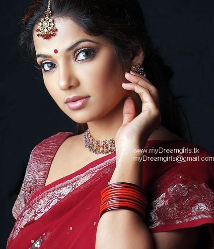 mydreamgirls at gmail.com | saree & bangles