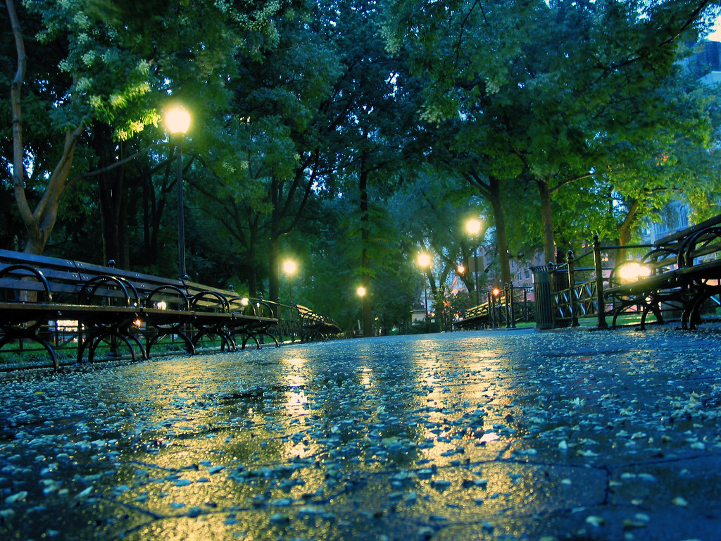 a rainy day union square park on a rainy day in new york