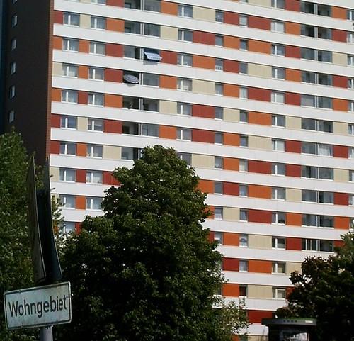 Residential | appartment building, Hamburg-Billstedt. Sign ...