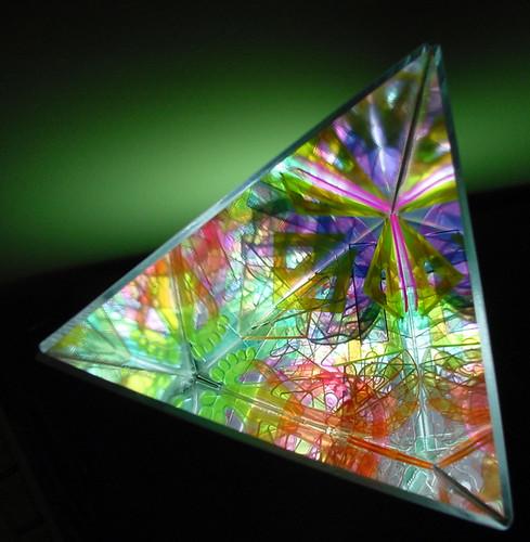 Luminária-Caleidoscópio | © by moana mayal, 2003 > prisma ...