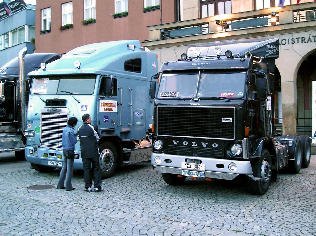 Freightliner Amp Volvo F89 32 6x2 Mr Awenec Flickr