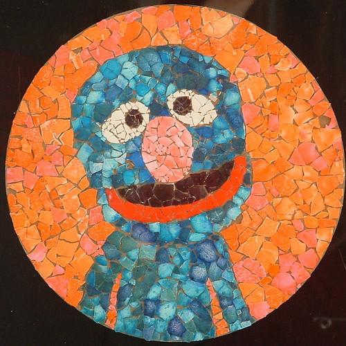 Eggshell mosaic unfortunately i didn 39 t dye easter eggs for Egg mosaic design