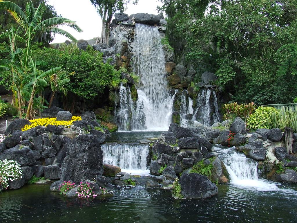 Man Made Waterfall Romeo, Michigan - YouTube