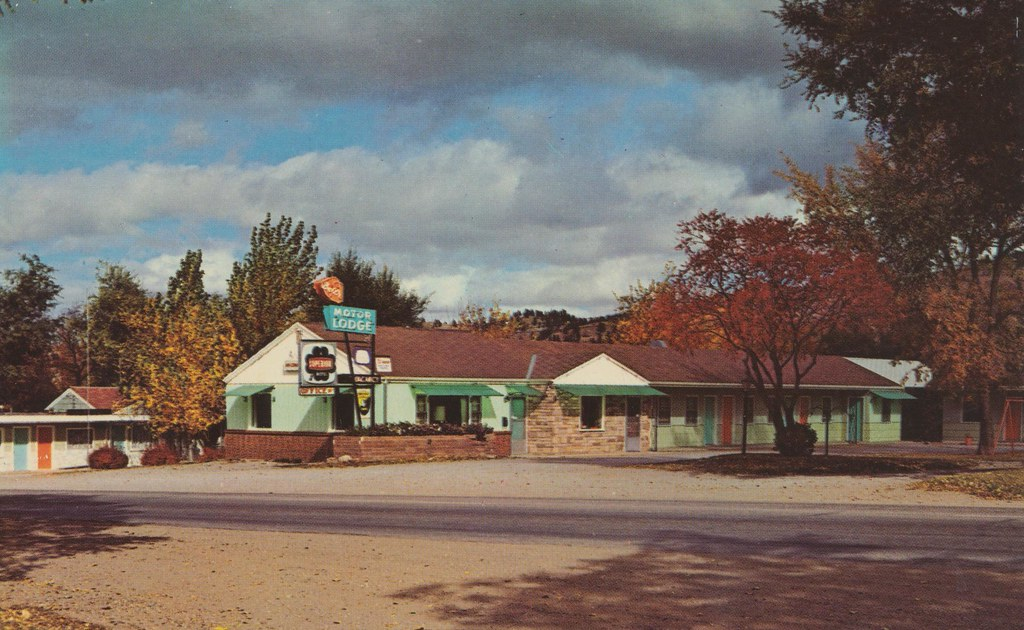 Bell's Motor Lodge - Spearfish, South Dakota