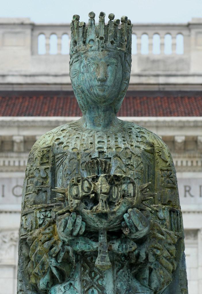 Queen Isabella Of Spain Statue Of Queen Isabella Of