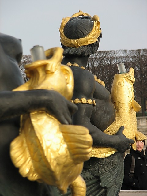 France paris love the fish a solid gold fish will make for Solid gold fish