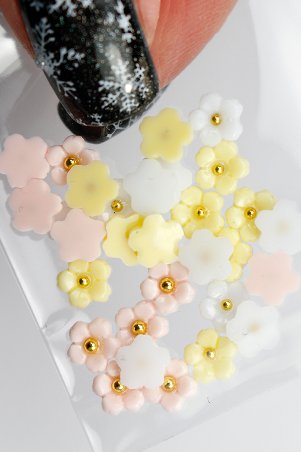 cherry_blossom_nail_decoration