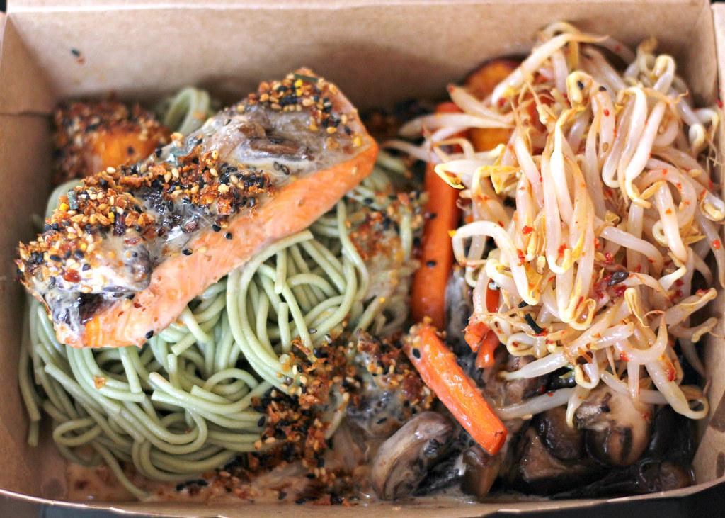 mojo-singapore-salmon-bowl