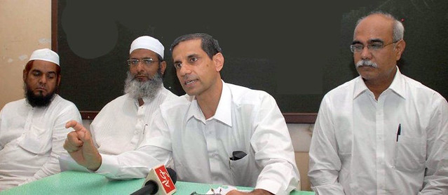 Adv. Tahiwar Pathan with his superior Adv Pracha in a press conference