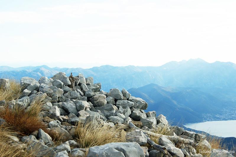 На верху горы