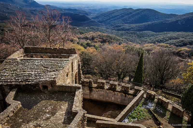 Vistas desde la terraza superior del Castillo de Requesens