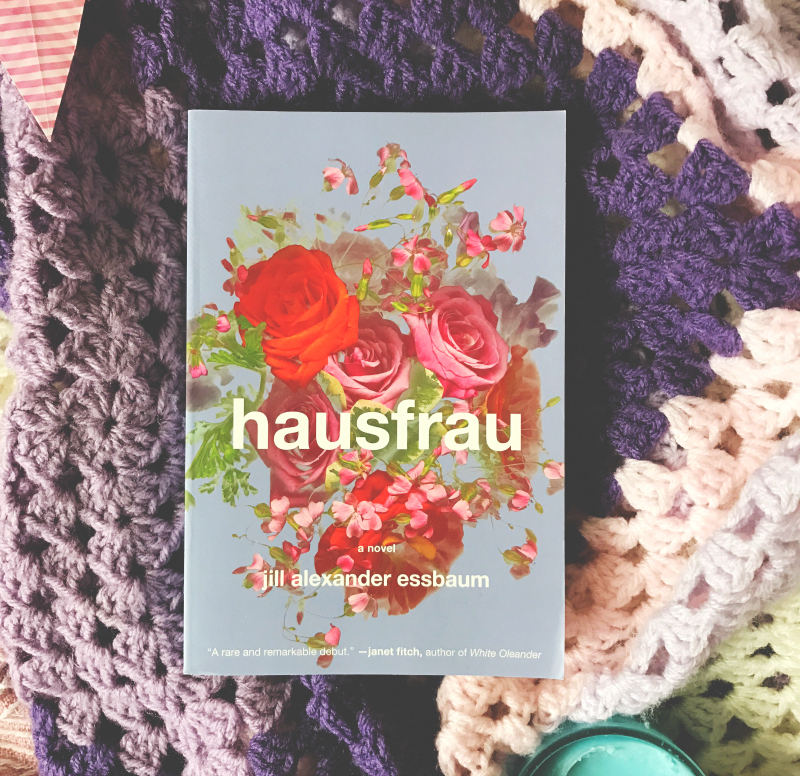 hausfrau book haul book blog vivatramp