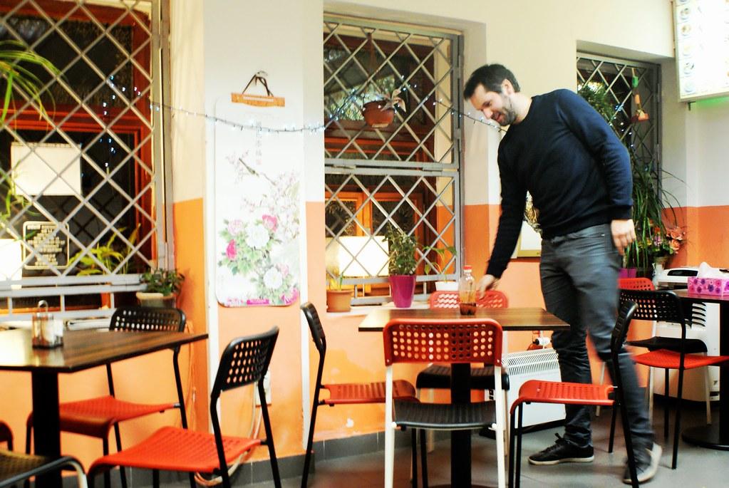 Max dans le restaurant vietnamien / chinois Lide près de l'auberge de jeunesse. Pour des mets de choix.