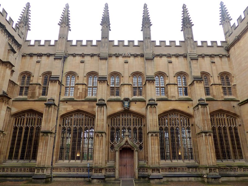 This is a picture of the divinity school a Oxford Univerisyt