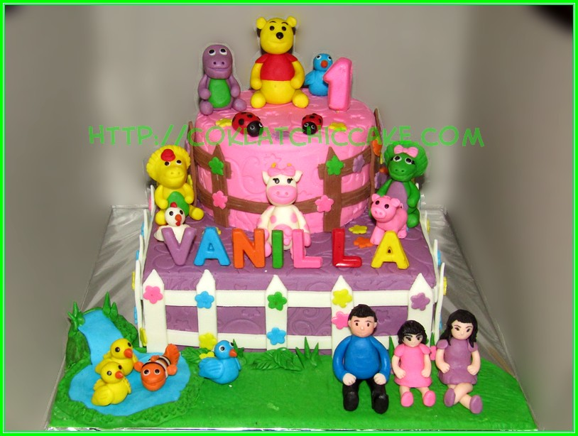 Cake Family with animals
