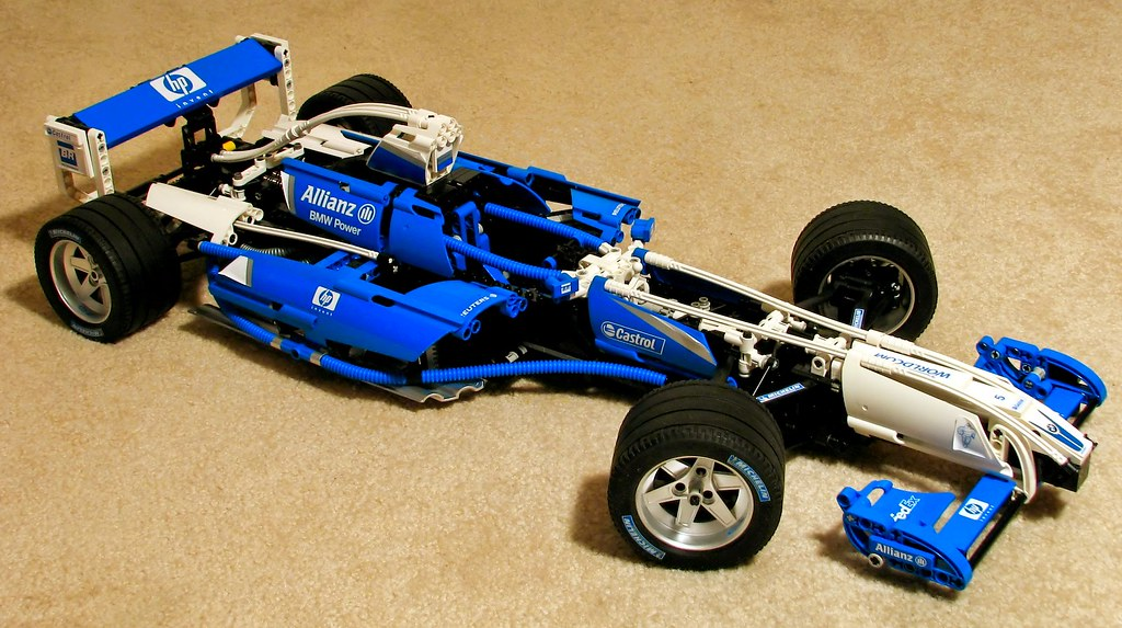 williams f1 lego set 2 here 39 s my brother in law 39 s latest. Black Bedroom Furniture Sets. Home Design Ideas