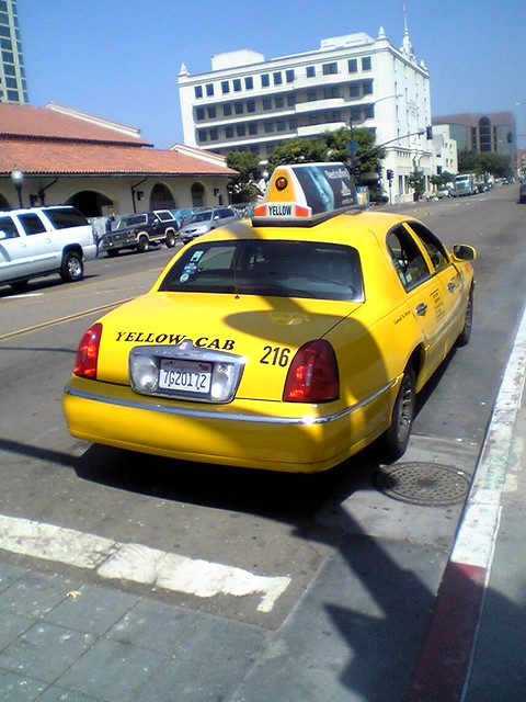 Yellow Cab Town Car A Late Model Lincoln Town Car Doing Se Flickr