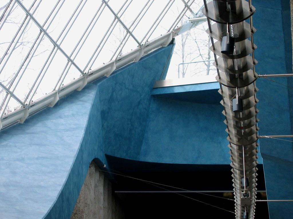 blaue wand blue wall u bahn m nchen munich subway flickr. Black Bedroom Furniture Sets. Home Design Ideas