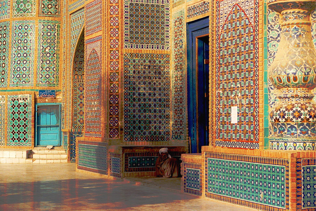 Shrine of Hazrat Ali, Mazar e Sharif | Jennifer Hattam | Flickr