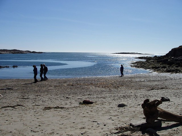 Land 39 s end hermit island maine 1 people strolling on for Free land maine