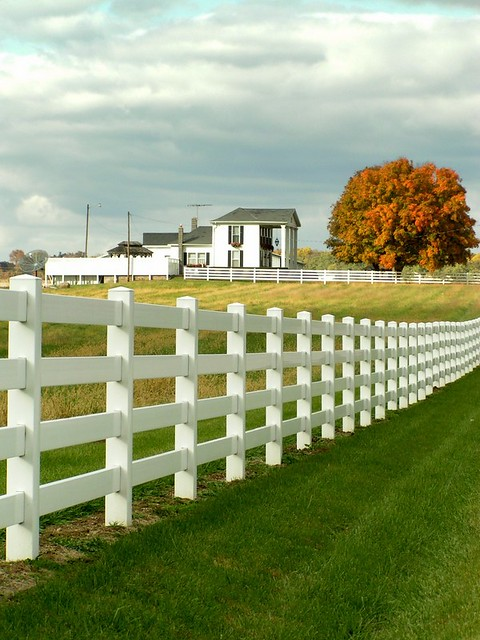 White Picket Fence House Country