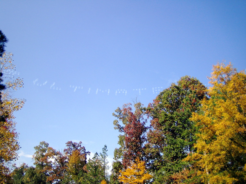 Dot matrix skywriting