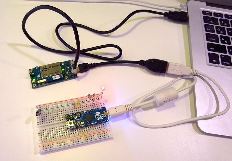 Edison+ArduinoMicro