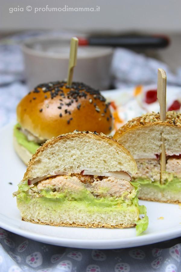 Tagli Salmon Burger