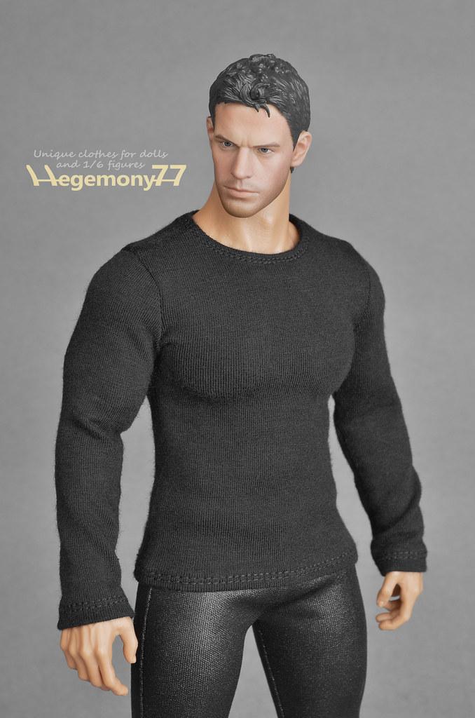 Sixth scale XXL black long sleeves T shirt on Hot Toys TTM… | Flickr