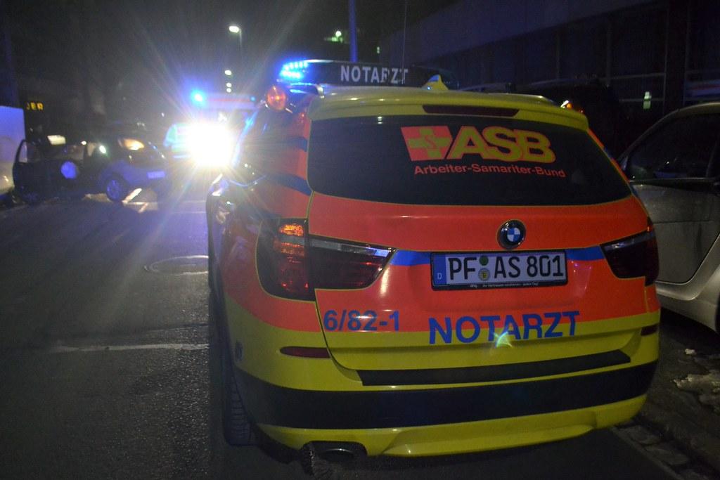 Pforzheim: Gegen geparkten gefahren - 21.01.2017