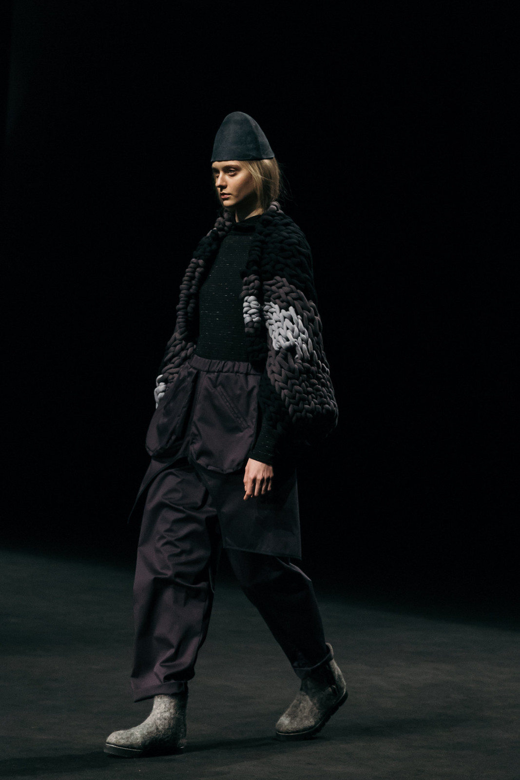Jessie Chanes - Seams for a desire - 080 Bacelona Fashion #080bcnfasion -29