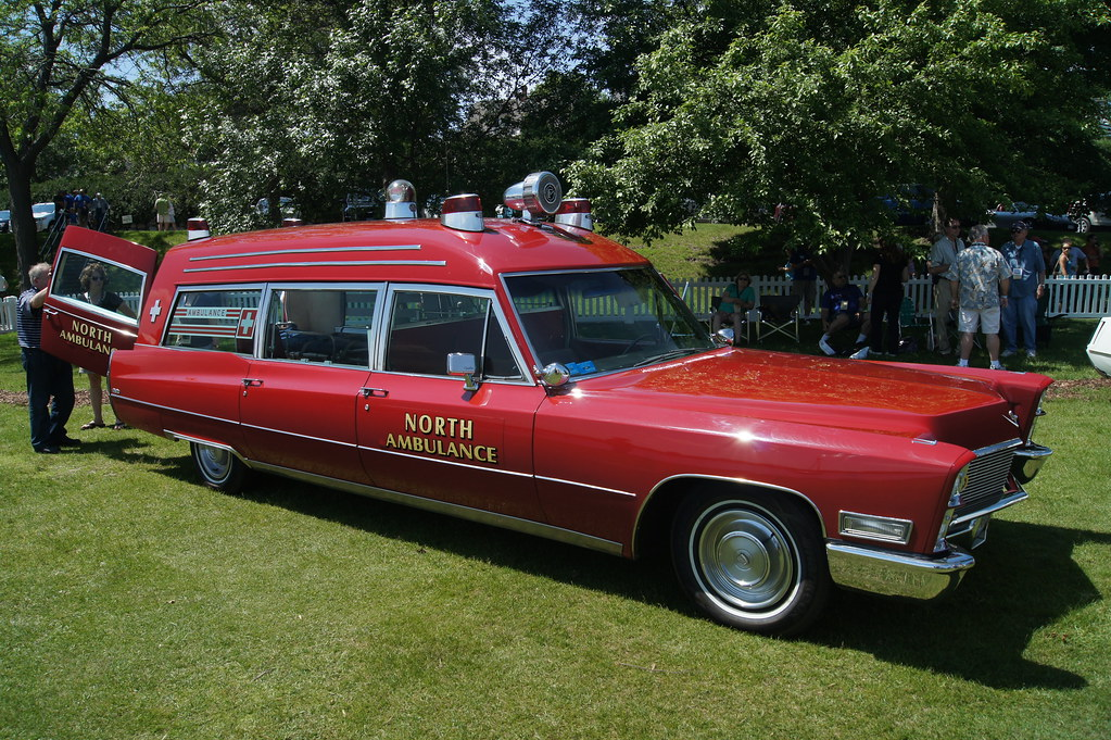 1968 Cadillac Miller Meteor Classic 48 Ambulance