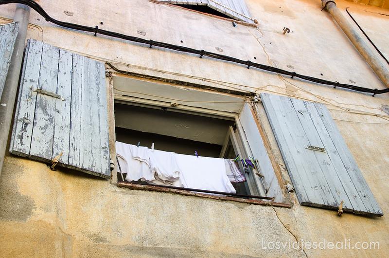 pueblos del macizo del Canigó ventana de Palalda