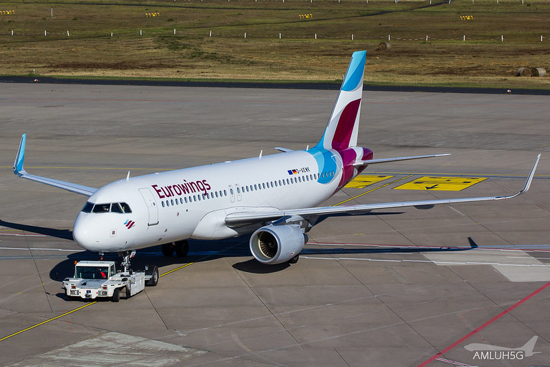 Eurowings - A320 - D-AEWK (1)
