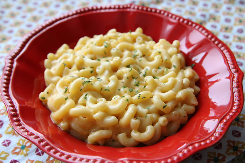 Easy Peasy Mac & Cheese