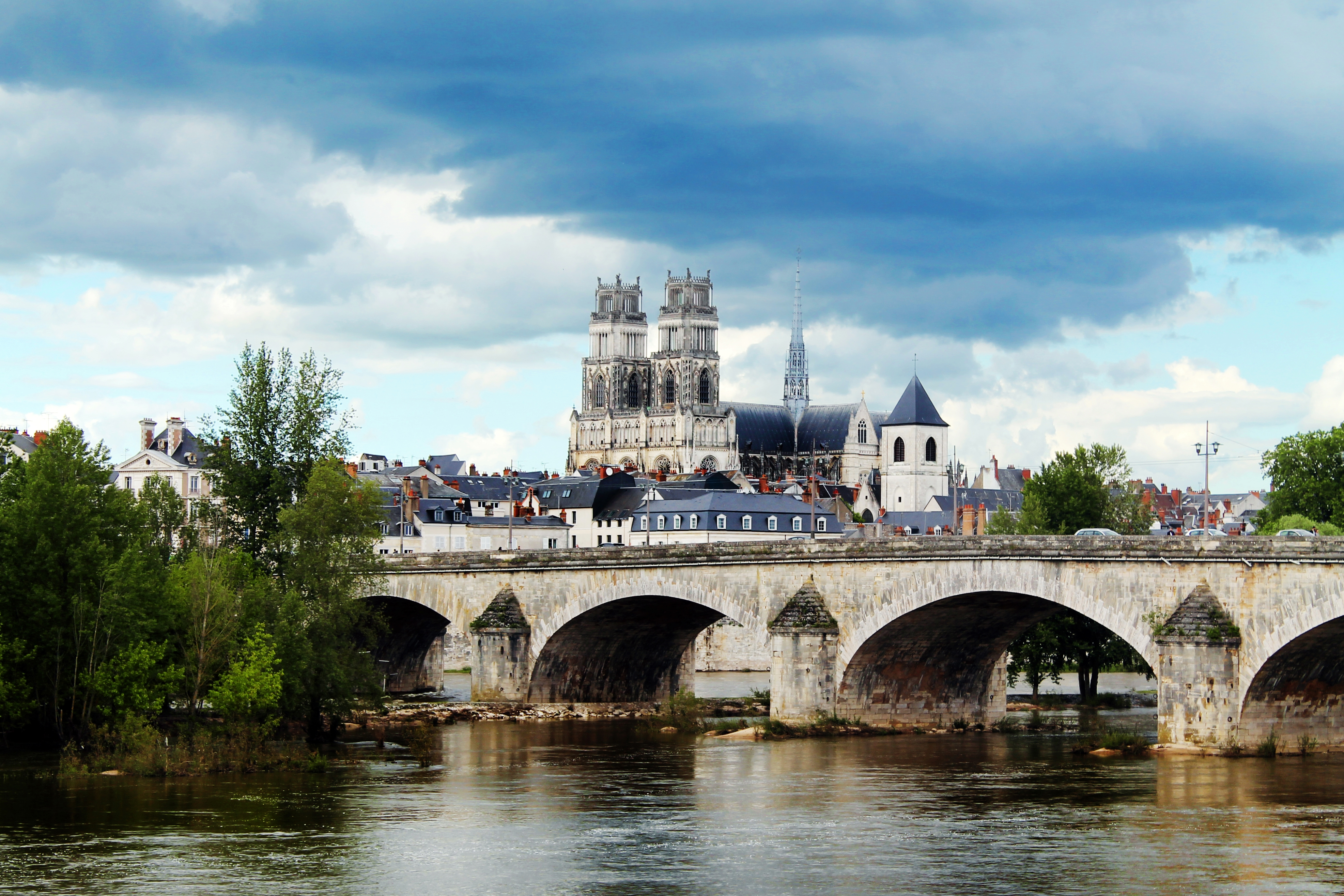 Drawing Dreaming - guia de visita de Orléans, Loire - Pont Georges V