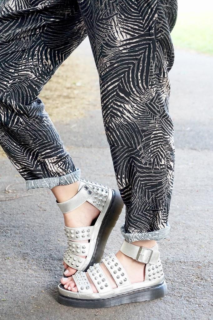 palm print joggers dr martens liza sandals