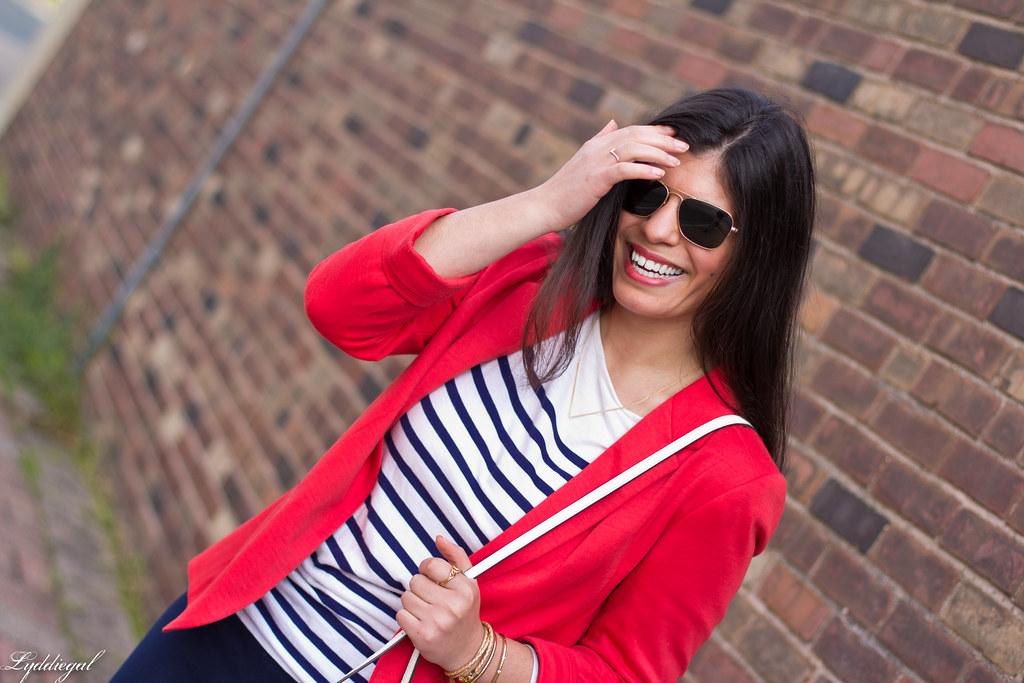 red blazer, striped shirt, navy trousers, white bag-8.jpg