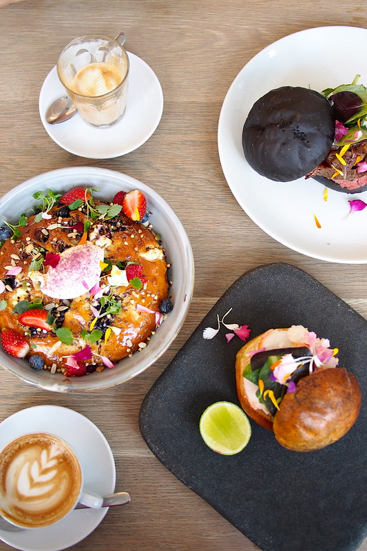 Flat White Coffee and Brunch in Melbourne: The Kettle Black - hotcake, crayfish burger, beef steak burger