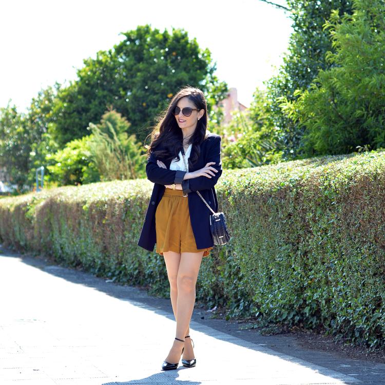 Zara_ootd_outfit_mostaza_como_combinar_blazer_heels_09
