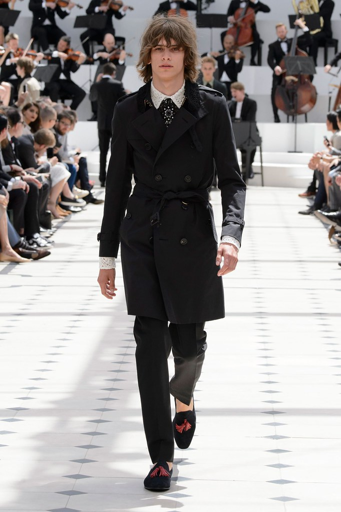 SS16 London Burberry Prorsum032(fashionising.com)