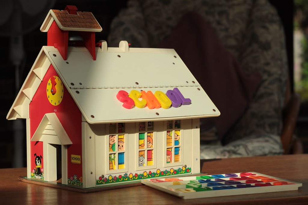 Fisher price school house my brother 39 s toy which i for Price my house free online