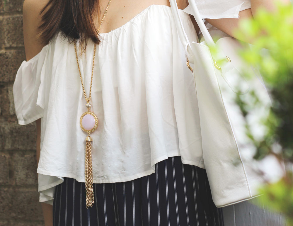 Lulu white off the shoulder top and Marleylilly dupe for Kendra Scott necklace