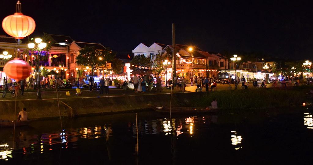 Thu Bon river - Hoian night